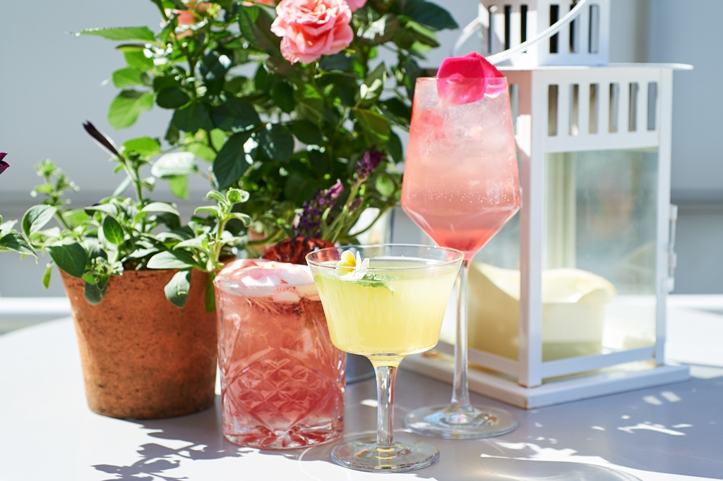 Blueprint cafs mini patel embarks on a great british flavour trail blueprint caf has collaborated with tanqueray fin on its summer terrace menu so minis flavour trail begins in fife the only place in the world where malvernweather Choice Image
